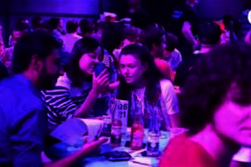 Almost 1400 'brainiacs' (including TU/e teams) competed in the 7th Quiz Night XL at the Klokgebouw on 7 June, 2018. Video | Rien Meulman.